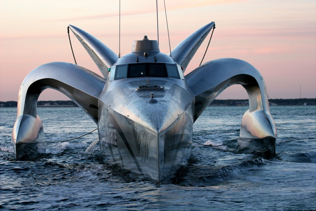 Earthrace – The Current Record Holder for a Powerboat to Circle the Globe. She ran 100% Biodiesel Fuel.